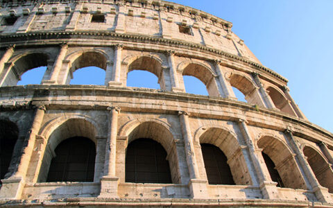 Colosseo_feutered